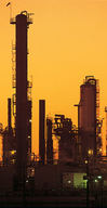 Oil_refinery_image