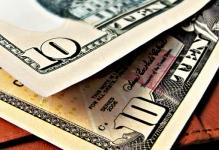 ten dollar bills