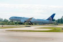 United Boeing 787-9