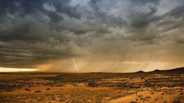 Wyoming desert storm, lightning