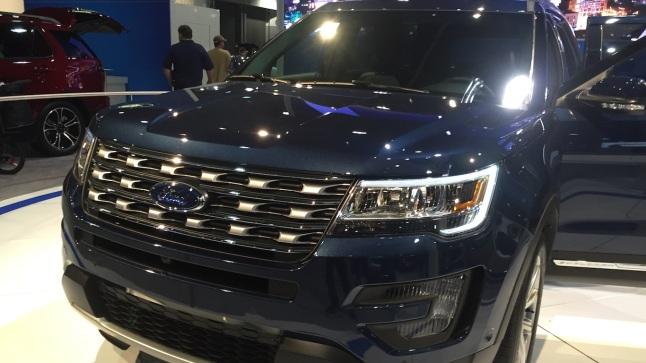 2016_Ford_Explorer