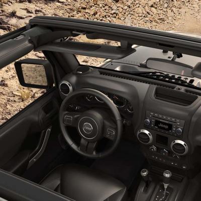 2015 Jeep Wrangler interior-overhead