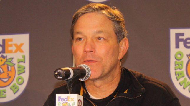kirk_pressconference_orangebowl2010