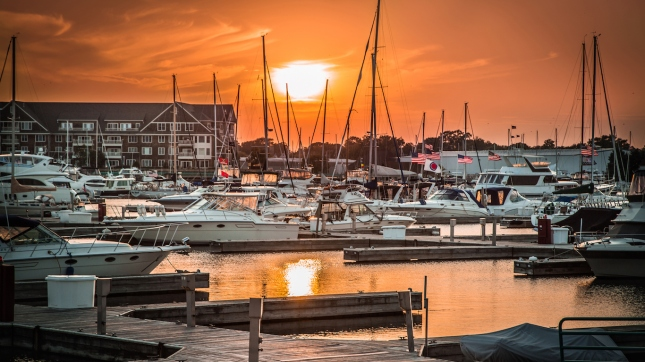 Racine, Wisconsin Reefpoint Marina