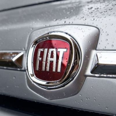 wet Fiat badge