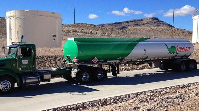 sinclair-oil-corporation-truck