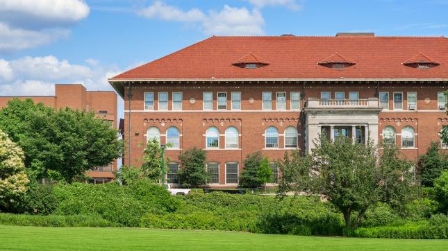 Campus Building, Minnesota