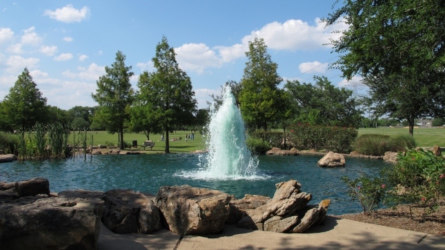 Water fountain in Oyster Creek Park, Sugar Land, Fort Bend County, Texas, USA