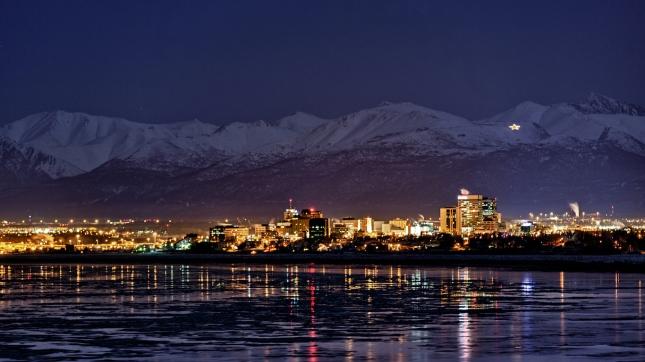 美国最富有的20个城市:前2名都在加州