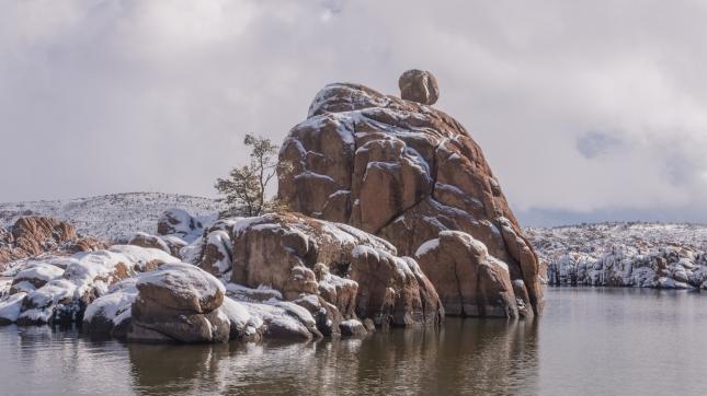 a winter snow at Watson Lake Prescott Arizona