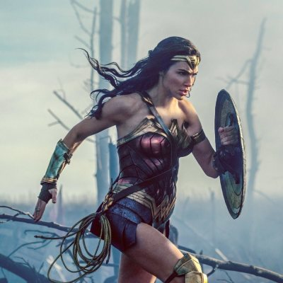 """Wonder Woman"" Hits $100 Million, Record For Female Director"