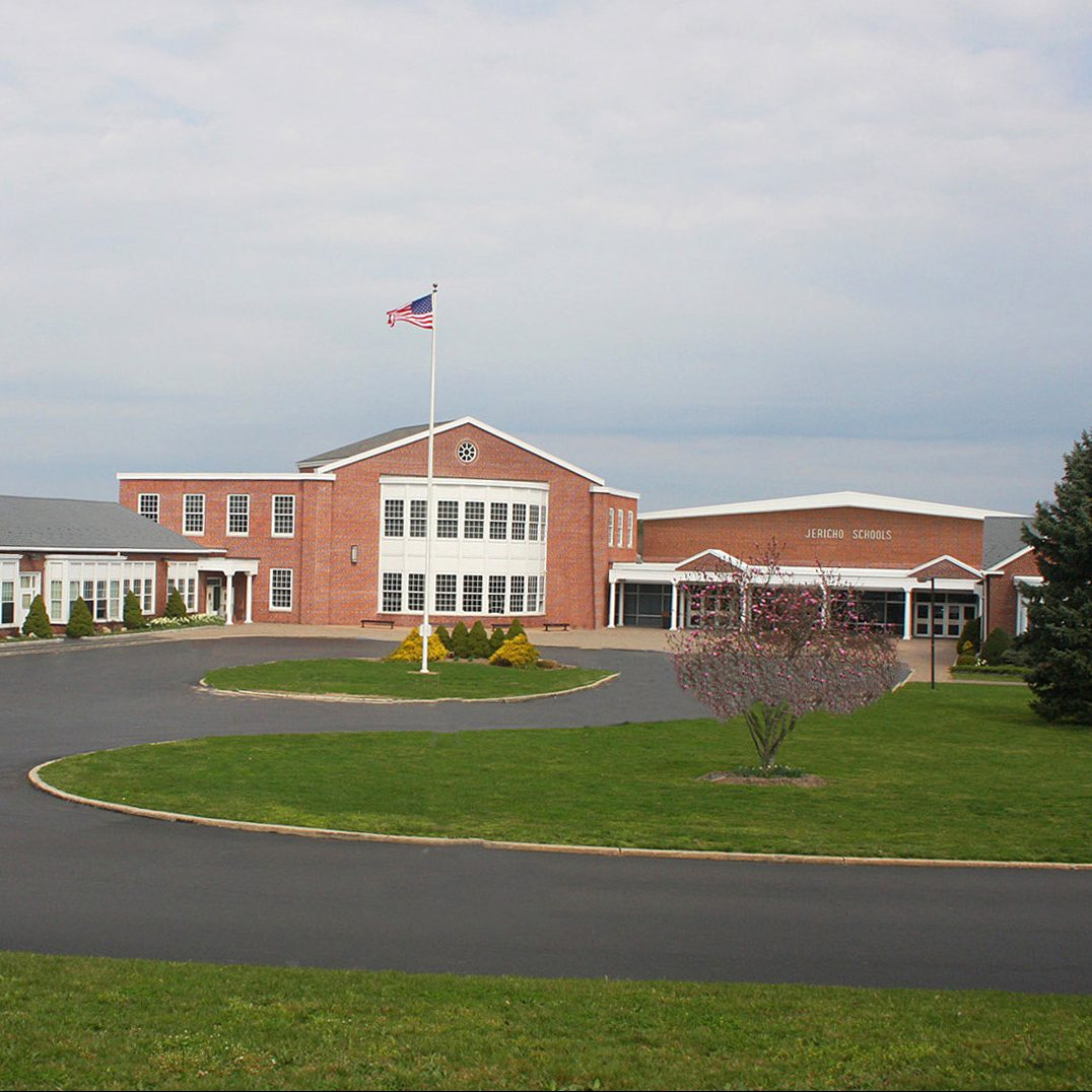 Search Apartments By School District: 11 School Districts Spending The Most On Students