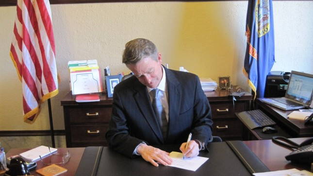 Oath Signing - 1/3/11 by Lt Governor Brad Little